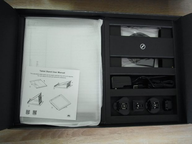 HUION GT-156梱包箱中身