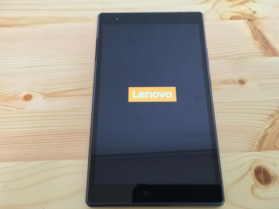 Lenovo Tab4 8 Plus 起動画面