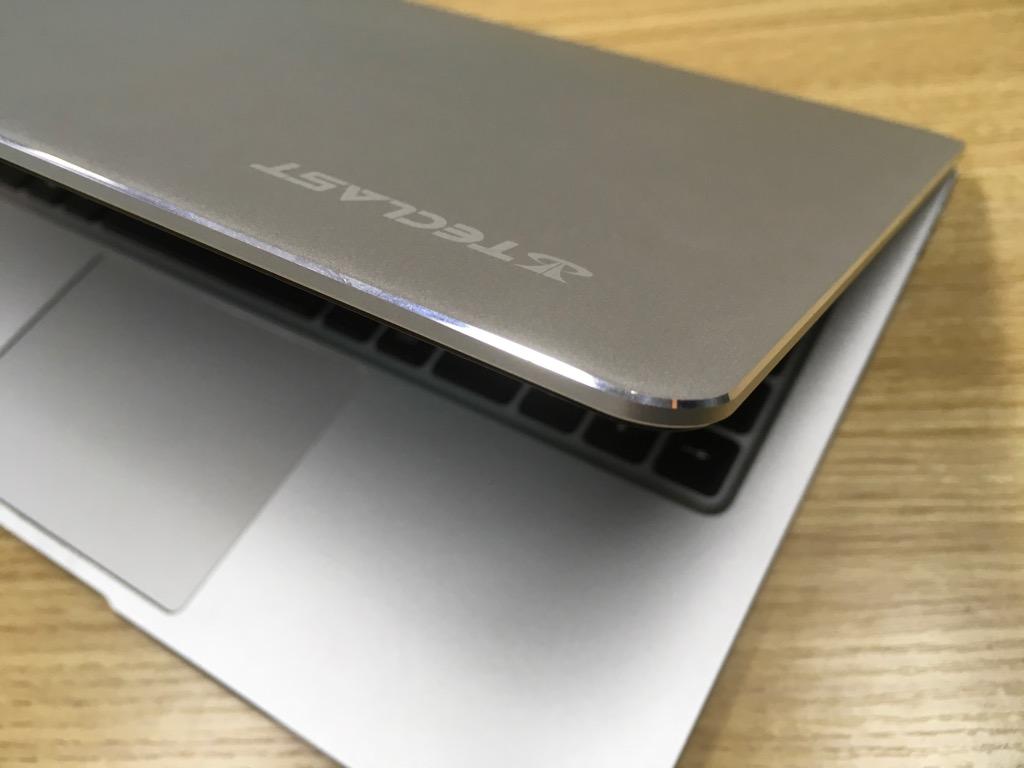 中華激安ノートパソコン Teclast F7 Notebook