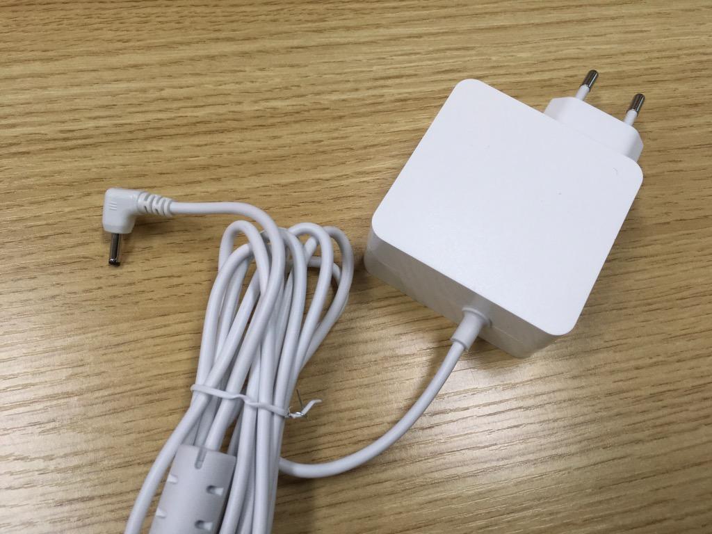 中華激安ノートパソコン Teclast F7 Notebook 充電ケーブル